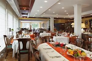 Au Cheval Blanc : restaurant au cheval blanc ~ Markanthonyermac.com Haus und Dekorationen