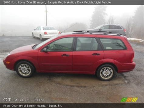 sangria red metallic 2005 ford focus zxw se wagon dark