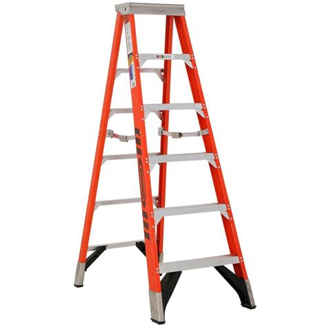 ladder review werner 6 ft fiberglass step ladder with 375 lb load capacity type iaa duty rating 7406 the