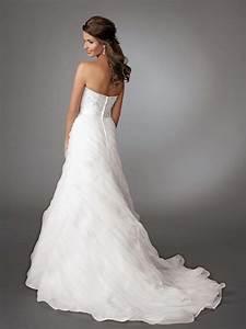 Top Wedding Dress Designers 2017 - WeddingDresses.org
