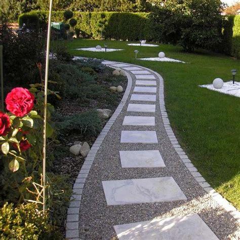 Decoration Allee De Jardin All 233 E Jardin En Gravier Ardoise Et Bois Cr 233 Er Une All 233 E
