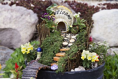 fairy gardens     wee world full  diy magic