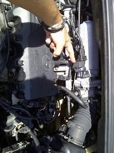 Hyundai Getz  U2013 Idle Control Valve Cleaning