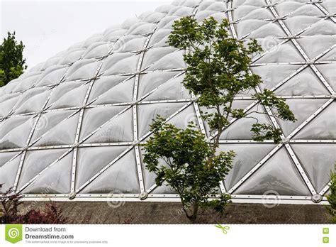 cupola geodetica costruzione cupola geodetica fotografia stock editoriale immagine di