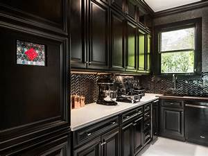 Black Kitchens Are The New White HGTV39s Decorating