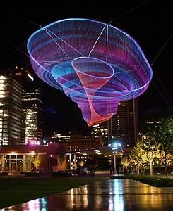 Giant suspended net installations by janet echelman colossal for Net sculpture janet echelman