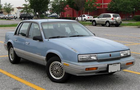 oldsmobile cutlass supreme pictures information