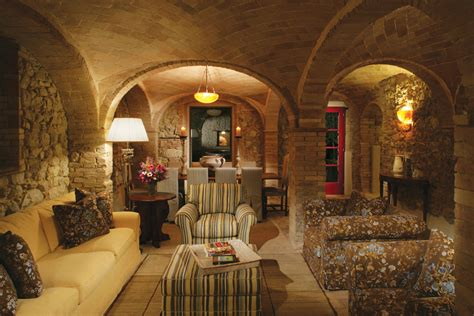 tuscan style homes interior luxury farmhouse for rent in tuscany escaiole at