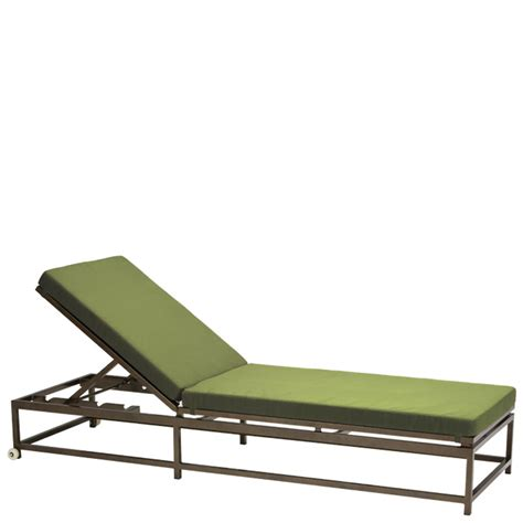 Tropitone Chaise Lounge Chairs by Tropitone 591032 Cabana Club Aluminum Chaise Lounge