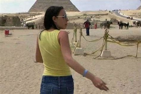 A Porno Shot Near The Pyramid Goes Viral Egypt Govt Goes Bonkers