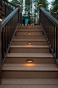 25 benefits pf stair lights outdoor warisan lighting for Outdoor stairs lighting
