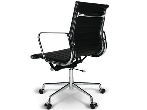 chaise bureau orange chaise de bureau eames chaise bureau eames 8 oct 17 15 31
