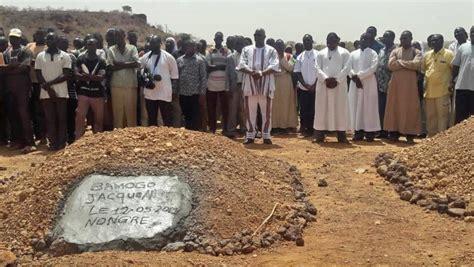 Burkina Faso: inhumation des victimes de l'attaque contre ...