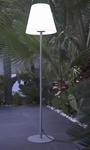 Lampadaire Exterieur Terrasse : lampadaire ext rieur design eclairage ext rieur ~ Teatrodelosmanantiales.com Idées de Décoration
