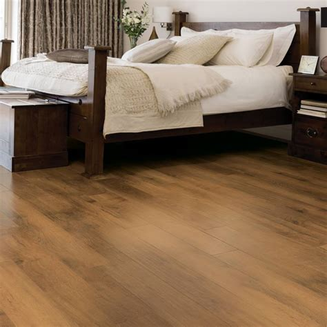 best flooring for bedrooms bedroom flooring ideas for your home 14525 | rl02 summer oak rs res bedroom image