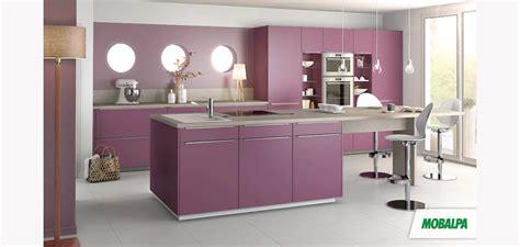 cuisine pourpre façade de cuisine salle de bains et rangement pourpre