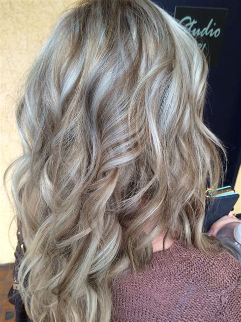 Ashy Hair Pictures by Ashy Highlights Hair 2015 Ashy