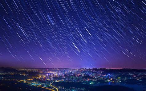 唯美灿烂的星空图片桌面壁纸 -桌面天下(Desktx.com)