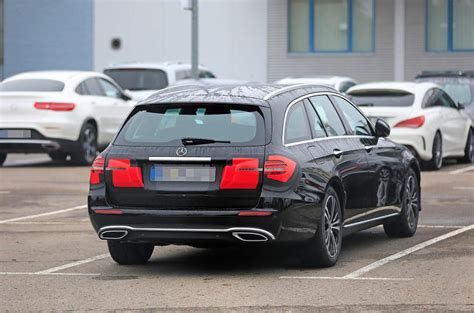 mercedes  class estate facelift spotted testing