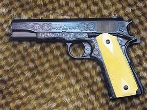 Gun Photos: Collectible and Custom 1911s  Gun