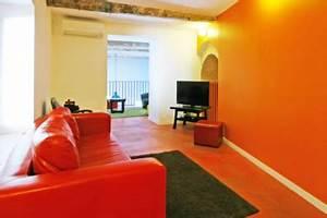 association couleur rouge et orange dans salon With association de couleur pour salon
