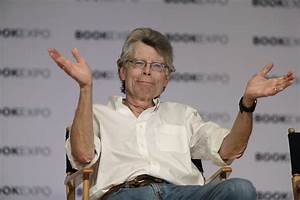 'It' Movie: How The Muschiettis Turned Stephen King Book ...