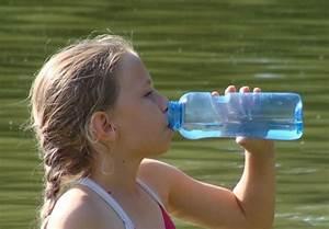 Trinkflasche Glas Kind : tritan trinkflasche im 0 75 liter set bpa freie tritanflasche von eastman ~ Watch28wear.com Haus und Dekorationen