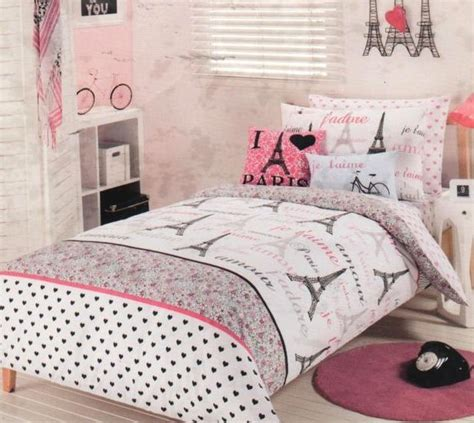 Eiffel Tower Bedding by Chic Eiffel Tower Pink White Quilt Cover