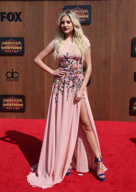 kelsea ballerini   american country countdown awards  los angeles