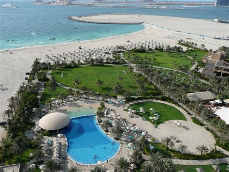 file from le royal m 233 ridien resort and spa in dubai 3 jpg wikimedia commons