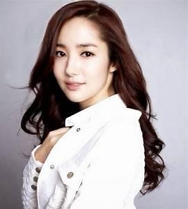 Top 10 Most Beautiful Korean Actresses | ReelRundown
