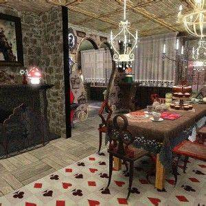 Awesome Dining Room Idea With Alice In Wonderland Theme