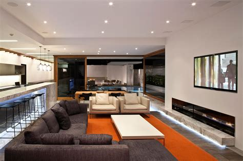 Contemporary Home Cormac Residence In Corona Del Mar