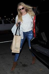 LeAnn Rimes and Family at LAX - Zimbio