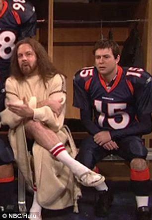 Pat Robertson calls SNL skit mocking Tim Tebow 'anti ...