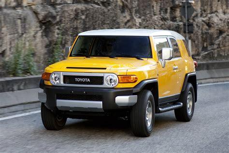 Comparison Toyota Fj Cruiser 2015 Vs Jeep Grand