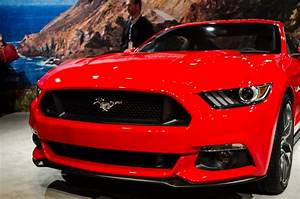 2015 Mustang Photos: Is It Still King of the Pony Cars? - Motor Review