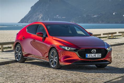 Review Mazda 3 by Mazda 3 Hatchback Review 2019 Parkers