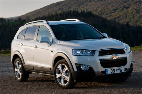 Chevrolet Captiva Picture by Chevrolet Captiva Suv Pictures Carbuyer