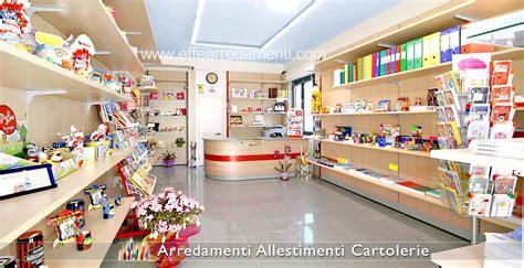 le pareti in legno o arredamento cartolerie e cartolibrerie effe arredamenti