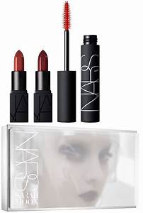 Nars Light Reflecting Setting Powder Nars Holiday 2016 Moon Collection Beauty Trends