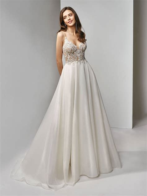 2019 Beautiful Collection Wedding Gownsveils