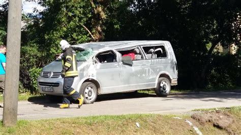 Siguldā notikusi smaga autoavārija - viens spēkrats ...