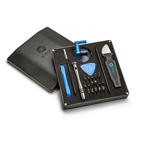 I It Essential Electronics Toolkit Thinkgeek