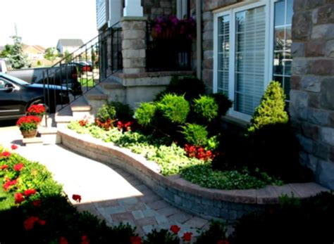 front yard makeover ideas desert landscaping ideas for front yard home decorating flower beds homelk com