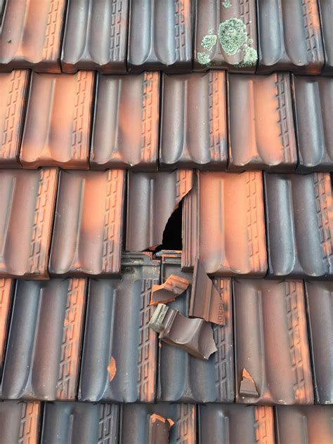 how to temporarily repair a broken roof tile when you don