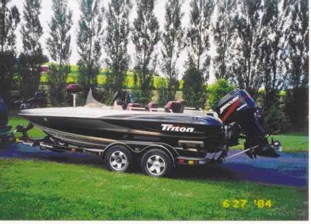 Walleye Boat Hull For Sale by Craig Spindler Has Histriton Boat For Sale From Walleyes Inc