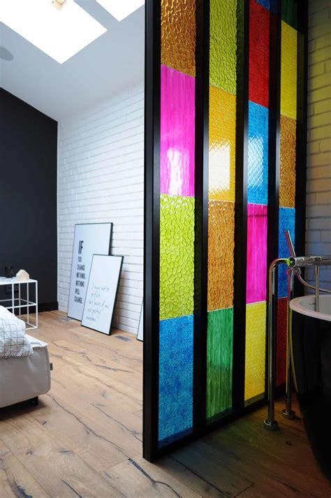 bedroom bathroom partition  colored plastic panels diy