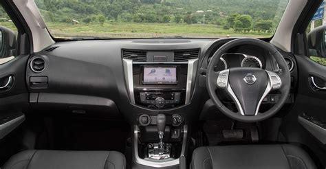 nissan navara interior nissan navara 4x2 image 133