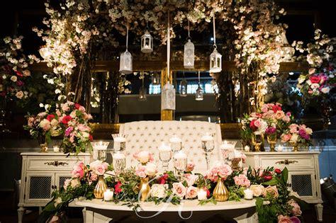 Grand Wedding Decorations - tables wedding decor toronto a clingen